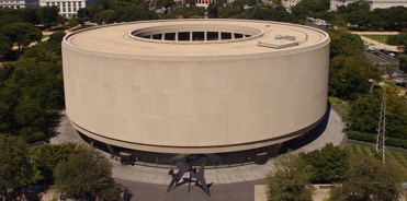 Aerial photo of Hirshhorn Museum