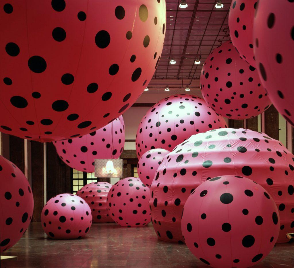 Dots. Infinity Mirror Rooms   Yayoi Kusama  Infinity Mirrors   Hirshhorn