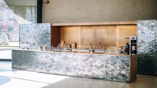 Dolcezza Coffee and Gelato at Hirshhorn in the lobby of the Hirshhorn Museum and Sculpture Garden. Artist: Hiroshi Sugimoto; Architect: NMRL/Tomoyuki Sakakida. Photo: Farrah Skeiky.
