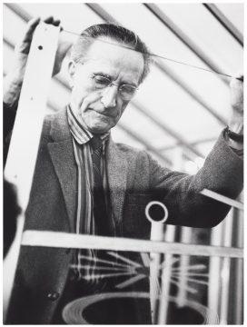 Lütfi Özkök Marcel Duchamp, 1961 Gelatin silver photograph Promised Gift of Barbara and Aaron Levine Hirshhorn Museum and Sculpture Garden, Washington, D.C.; photo: Cathy Carver Courtesy the Estate of Lütfi Özkök