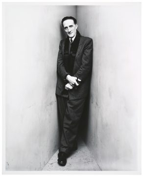 Irving Penn Marcel Duchamp, New York, April 30, 1948, 1948/printed 1983 Gelatin silver photograph Promised Gift of Barbara and Aaron Levine Hirshhorn Museum and Sculpture Garden, Washington, D.C.; photo: Cathy Carver © The Irving Penn Foundation
