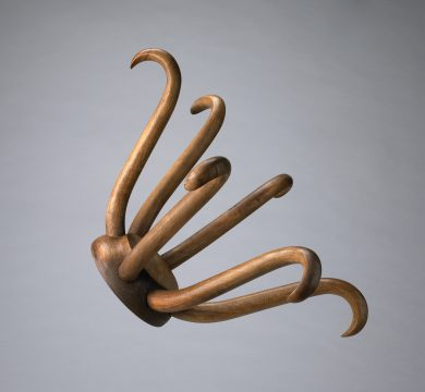 Marcel Duchamp Porte Chapeau (Hat Rack) Conceived in 1917/Executed in 1964 Wooden hat rack diam: 10 1/4 x 18 in. edition: 5/8 + 3 APs Photo: National Gallery of Canada. © Association Marcel Duchamp / ADAGP, Paris / Artists Rights Society (ARS), New York 2018