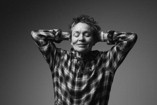 Portrait of Laurie Anderson. Photo by Ebru Yildiz