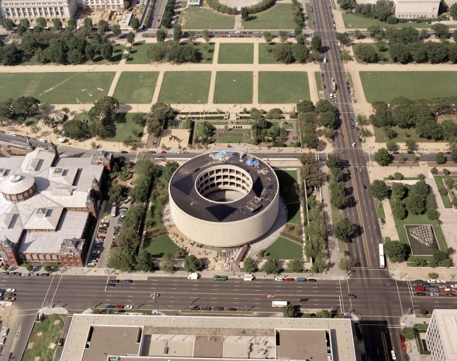 Aerial view of Hirshhorn museum and National Mall