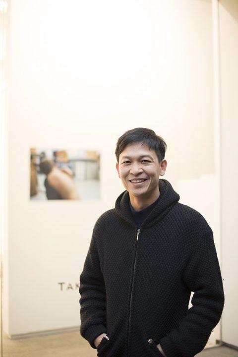 Headshot of Danh Vō smiling